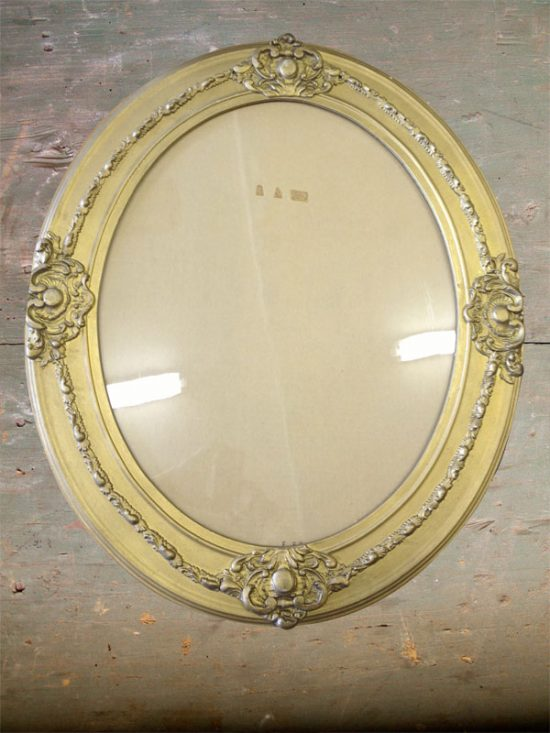 embellished vintage Italian frame, oval